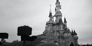 Limousine service in Paris to Disney Land